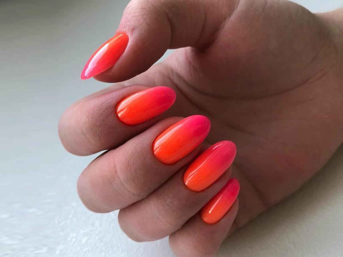 Покрытие ногтей гелем в студии MARUS