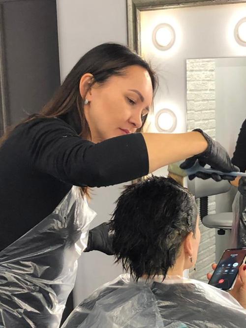 Короткие волосы студии Марус